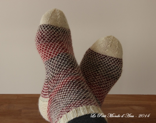chaussettes multicolores roses1